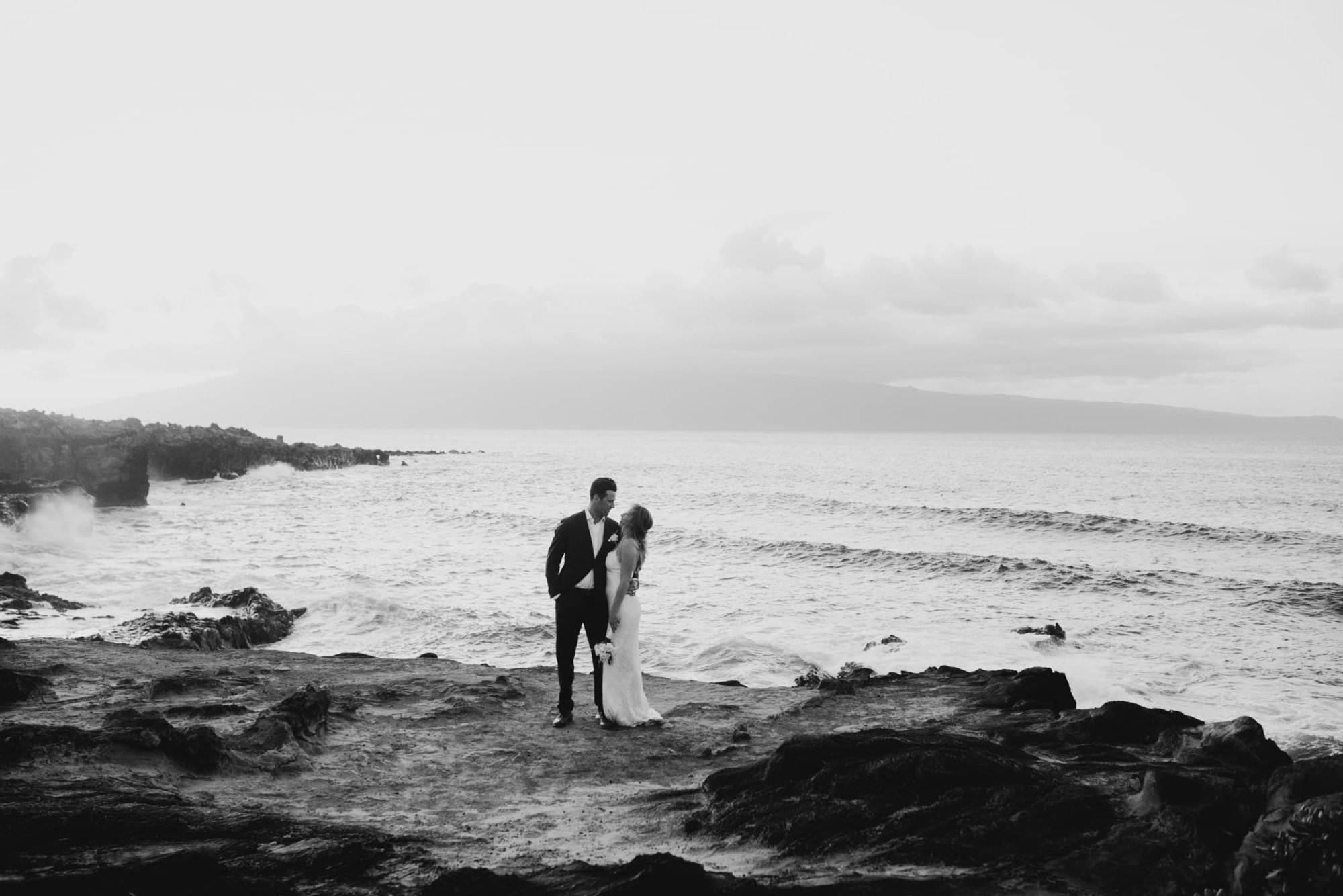 Elopement Photographer, Elope in Hawaii - Elopement Packages in the Hawaiian Islands
